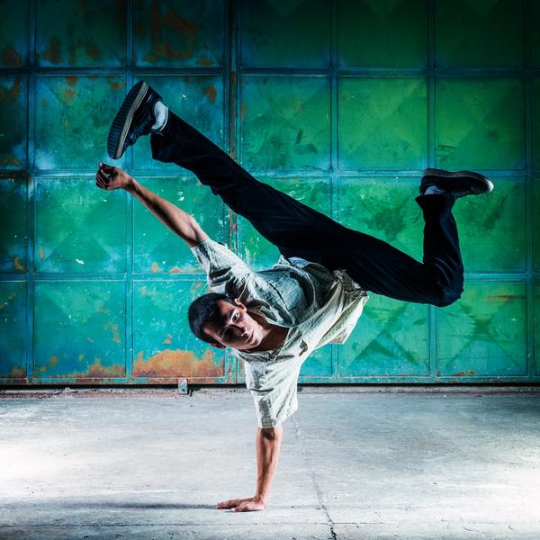 Breakdancer   Nebojsa Bobic  shutterstock 184062902