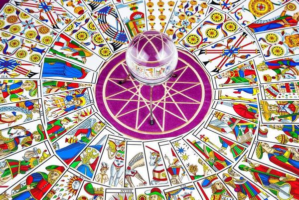 Tarot Cards etc  I Ivan  2012  Scanpix